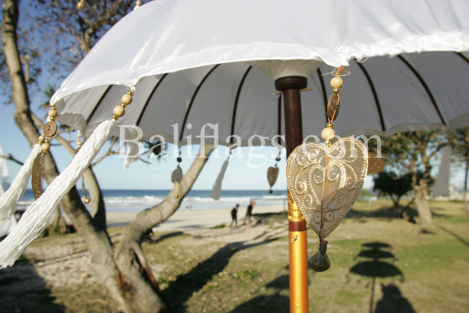 Bali-Wedding-Umbrella